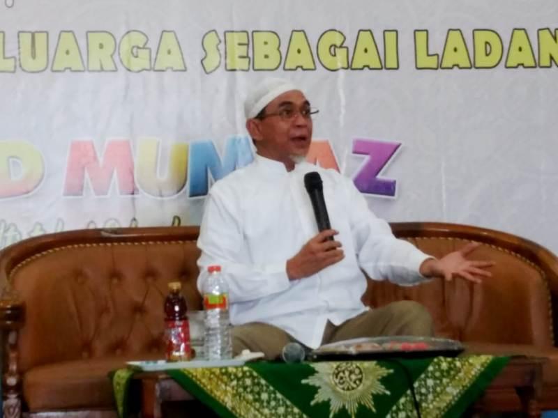 Ustadz Bangun Samudra Cerita Kedahsyatan Doa yang Mengubah Hidupnya