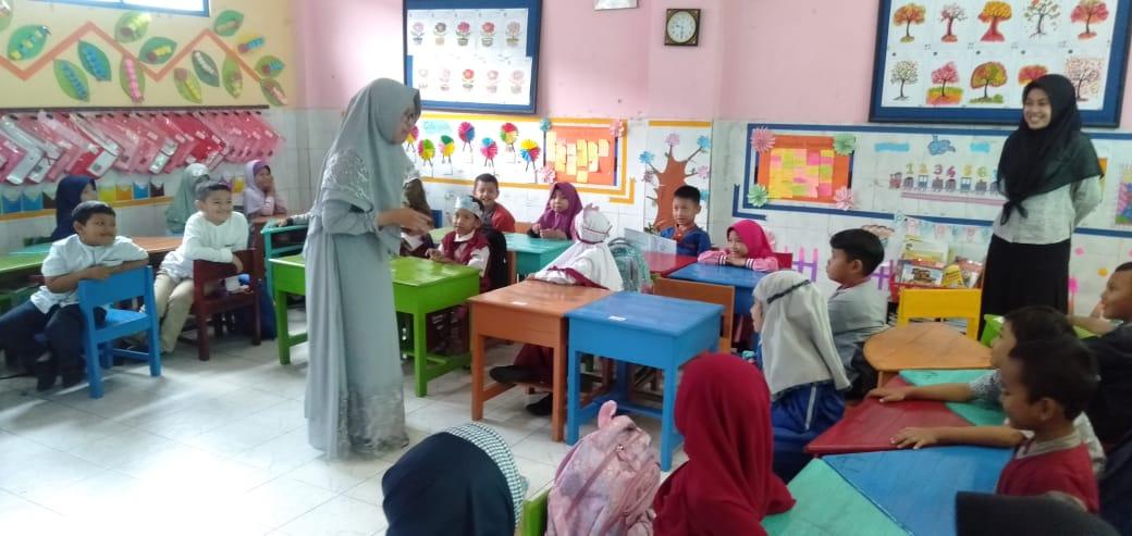 Saat Siswa SD Muhammadiyah 11 Randegan Belajar Sehari di SD Mumtaz