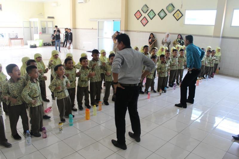Belajar Sehari di SD Mumtaz, Tema Ini yang Dipelajari