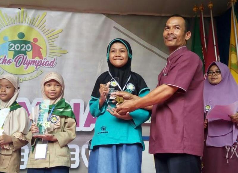 SD Mumtaz Raih 16 Trofi di Ajang Fascho Olympiad